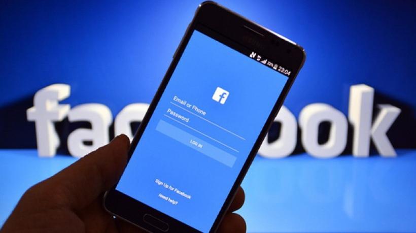 Khuyến mãi của dịch vụ mua Via tài khoản quảng cáo Facebook